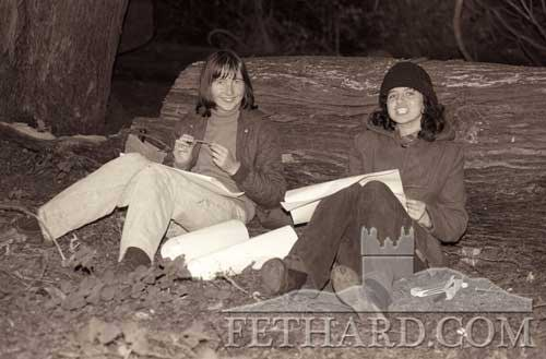 Lucy Phelan and Geraldine Hayes sketching in the grounds of Kiltinan Castle c.1976
